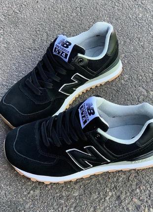 Черные кроссовки new balance