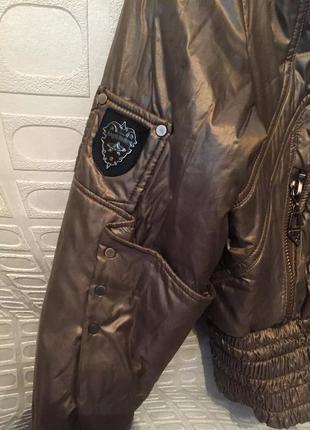 Практичная курточка деми от angel bestow