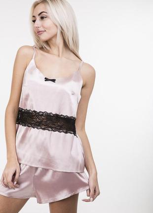 Атласная женская пижама с кружевом домашний комплект с шортика...