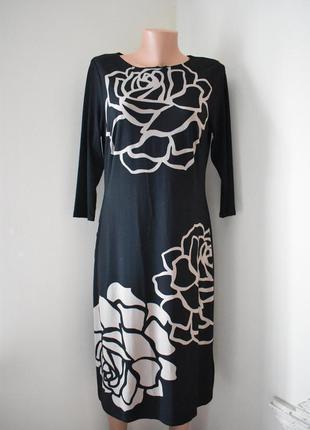 Красивое платье с принтом marks & spencer