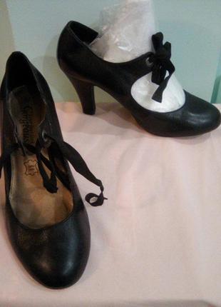 Кожаные туфли new look, p.38, нюанс