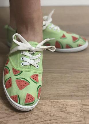 Яркие тканевые кроссовки с арбузиками