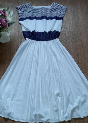 Платье летнее белое в полоску миди