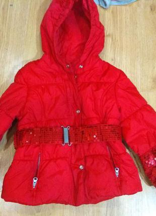 Шикарная деми куртка 104 размер италия