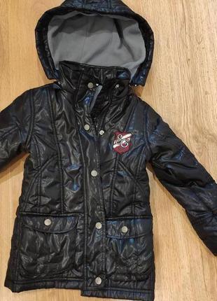 Деми куртка 110 размер