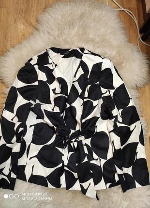 Шикарный пиджак 50 размер франция