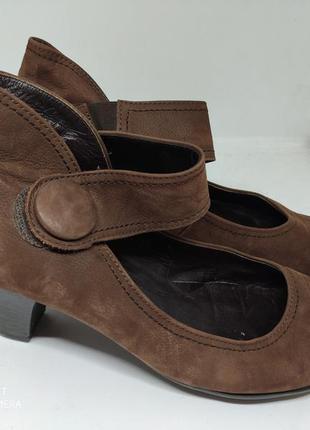 Кожаные туфли 42 размер германия