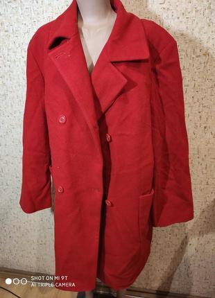 Стильное деми пальто 54-56 размер