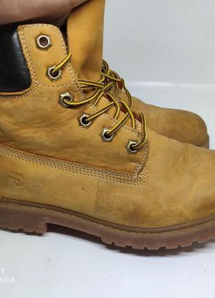Кожаные деми ботинки 38 размер