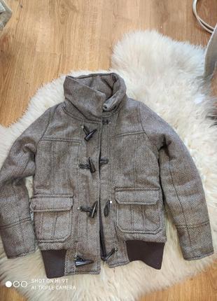 Деми куртка 134-140 размер