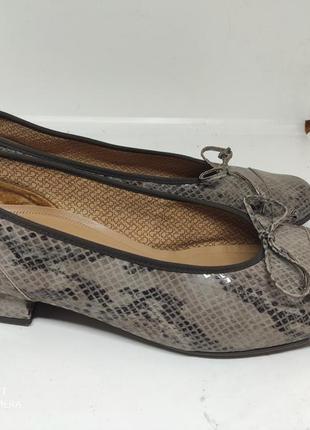 Кожаные туфли 42 размер