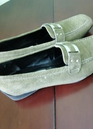 Продаю  туфли натураль