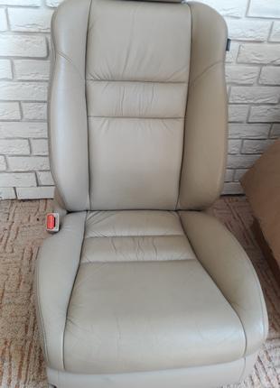 Хонда Аккорд 7 водительское кресло