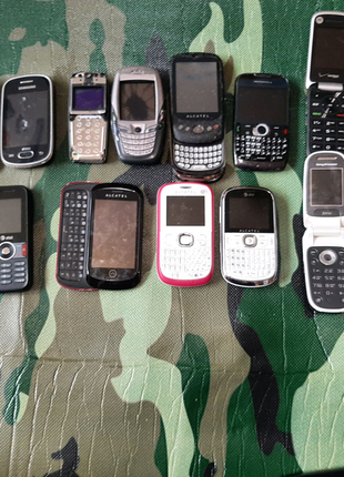 Лот телефонов на запчасти