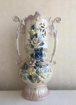 Большая ваза для цветов из керамики