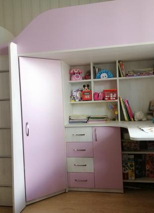 Детская кровать-чердак с рабочей зоной и угловым шкафом К10 ЭКО M