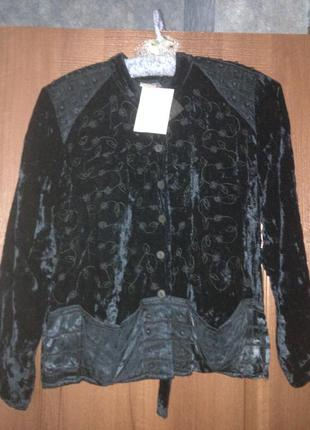 Бархатный велюровый пиджак жакет urban riot с вышивкой