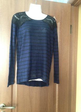Тонкий джемпер свитер zara c кружевными вставками.