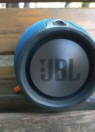 Jbl xtreme 1