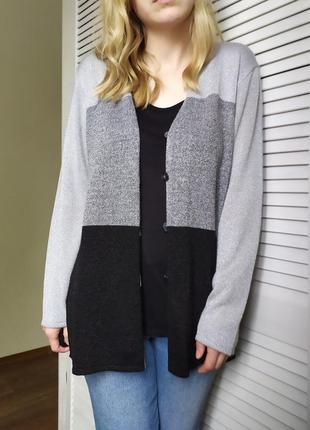 Нарядный кардиган кофта свитер накидка на пуговицах с люрексом...