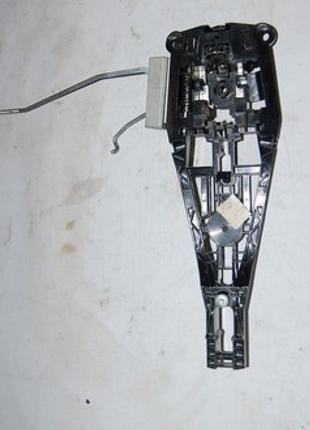 Механизм ручки двери перед лев Chevrolet Volt 11-15 13576837
