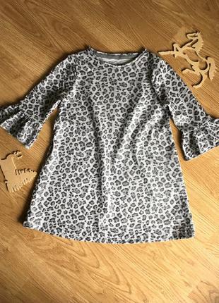 Чудесное трендовое платье  на девочку 5-6 лет, f&f