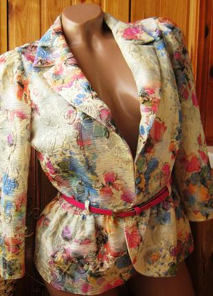 Стильный пиджак для броских луков от favori