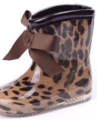 Стильные резиновые леопардовые сапожки в наличии 17см
