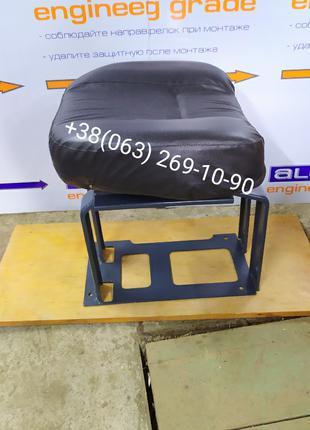 Сиденье пассажирское т-150, т-150К, 150.44.078-19
