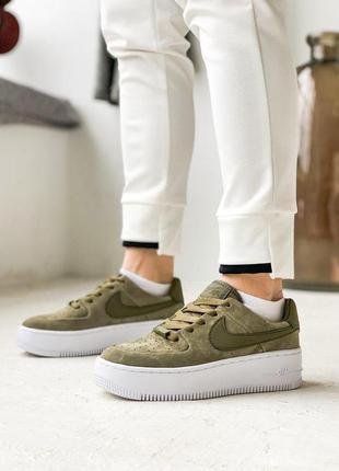 Женские кроссовки nike air force green sage найк цвет зеленый ...