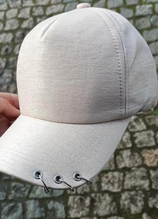 Женская кепки. супер распродажа