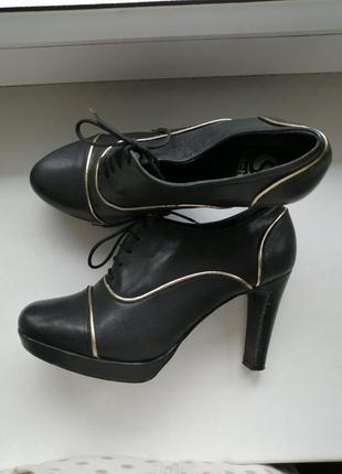 Натуральные кожаные туфли sacha, италия