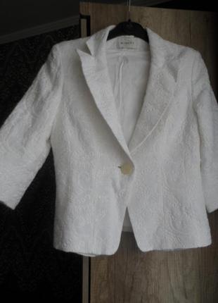 Minuet ,белоснежный пиджак,лён,вискоза,р10