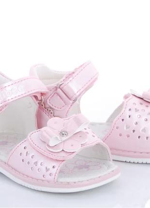 Босоножки для девочки розовый цветочек