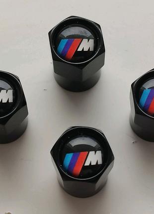 """Ковпачки золотніків ніпелів """"BMW M"""""""