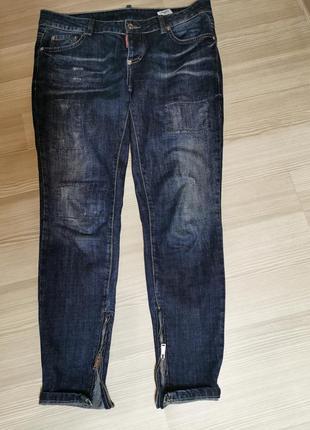 Крутые джинсы бойфренды dsqaured италия