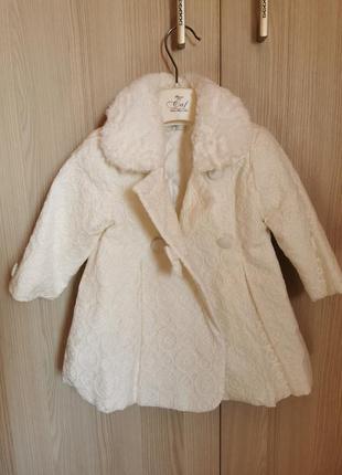 Праздничное нарядное пальто для фотосессий и праздников на год