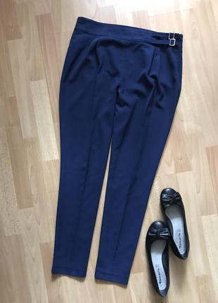Стильные синие брюки, чиносы, брюки зауженные книзу tu