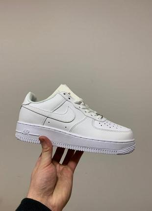 Шикарные женские кроссовки nike air force в белом цвете (36-40)