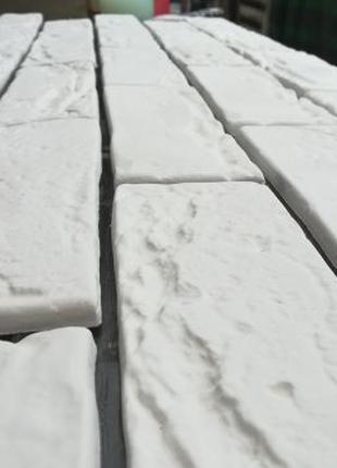 Венецианская плитка, гипсовый кирпич, лофт
