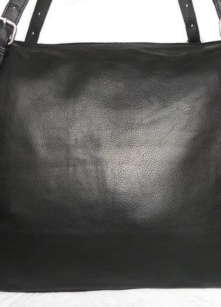 Стильная большая сумка из натуральной кожи new look