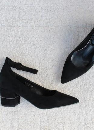 Черные туфли 36, 37, 38, 39, 40 размера на устойчивом каблуке