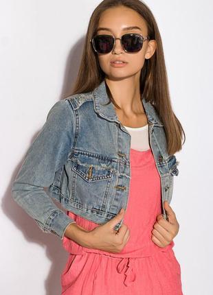 Укороченая джинсовая куртка
