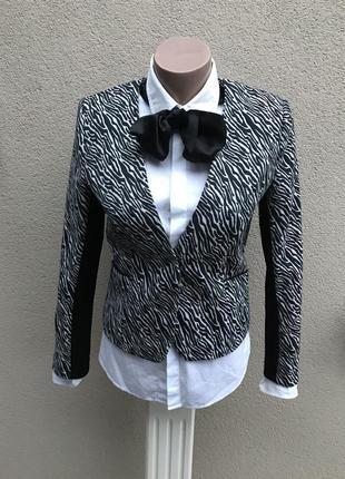 Комбинированный жакет,пиджак с черными вставками со стрейч. тр...