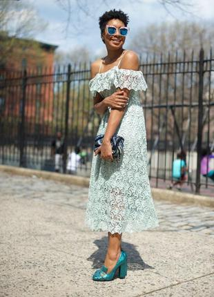 Шикарное вечернее, выпускное кружевное платье миди h&m.