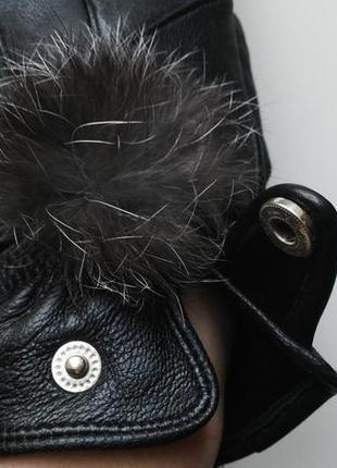 Кожаные перчатки с мехом кролика