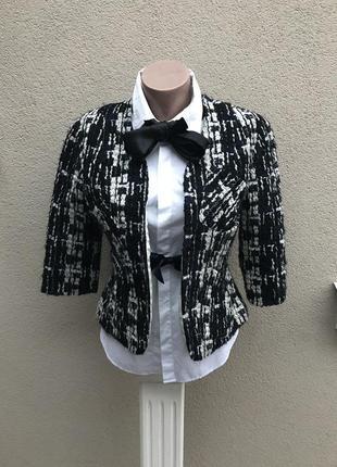 Очень красивый шерстяной,букле.,фактурный жакет,пиджак с завяз...