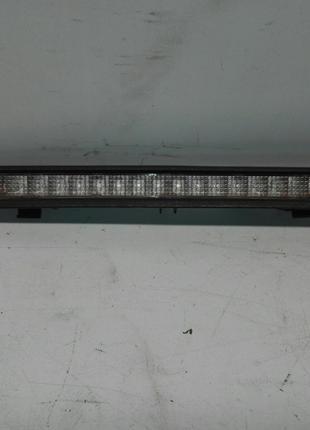 Б/у фонарь стоп крышки багажника для Opel Zafira А 2001.