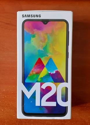 Samsung Galaxy M20 4/64 в превосходном состоянии