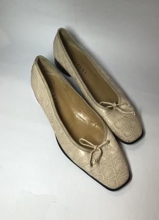 ,винтажные туфли,лодочки,кожа с тиснением под рептилию,40р/26....
